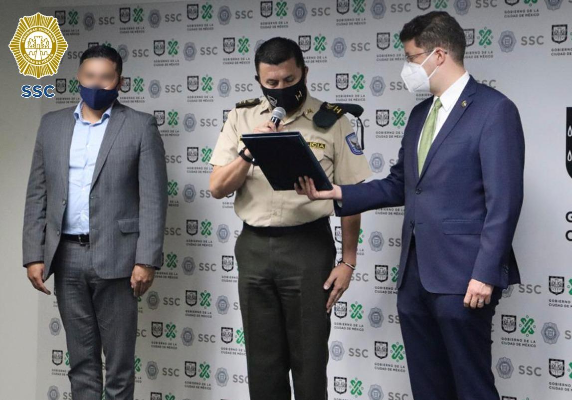 ¡Vídeo! El embajador de la República del Ecuador en México, agradeció al personal de la SSC por la liberación de dos de sus ciudadanos que al parecer fueron privados ilegalmente de su libertad